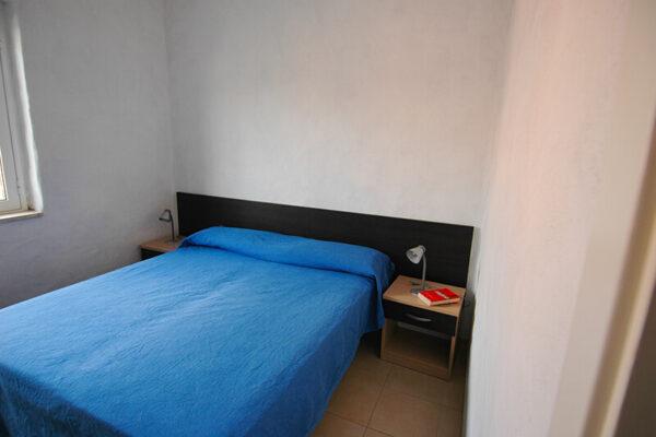 Camera matrimoniale in appartamento per vacanze al mare